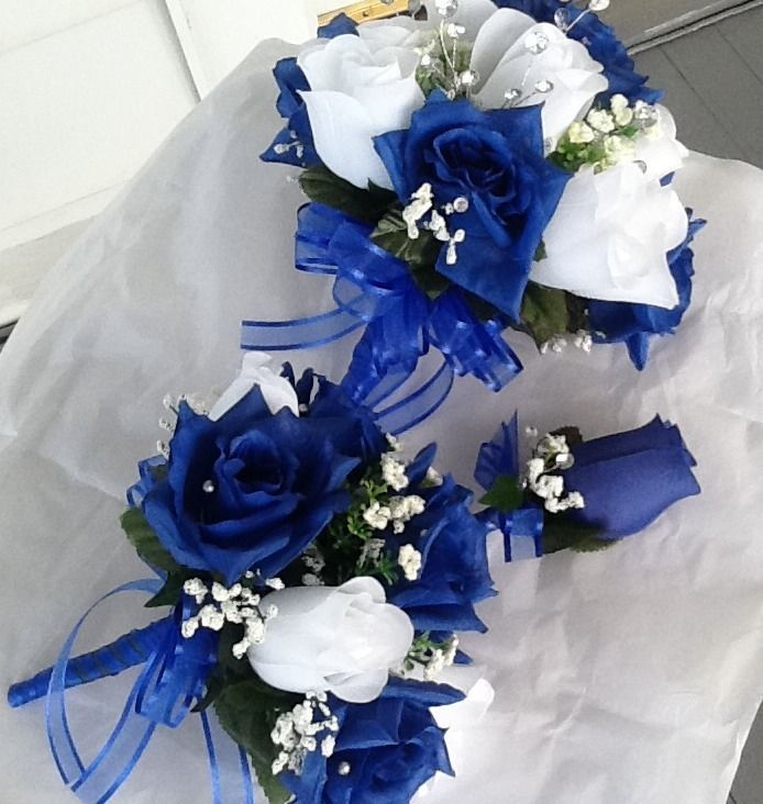 6 Pc Wedding Set. 6 Bouquets Royal Blue And White And