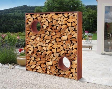 Pin von susann kittelmann auf rostiges pinterest sichtschutz garten ideen und gartendeko - Brennholz lagern ideen wohnzimmer garten ...