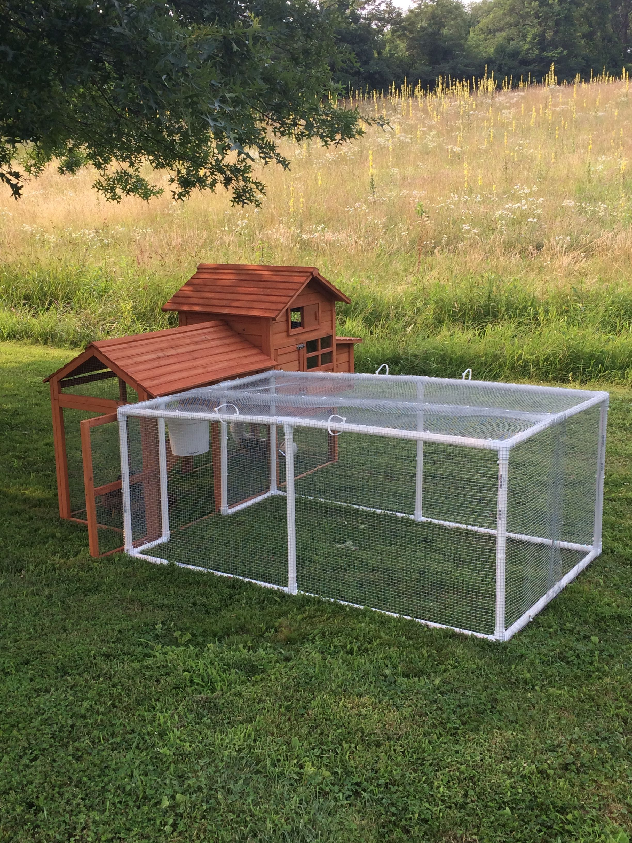 how to build a chicken coop with pvc pipe