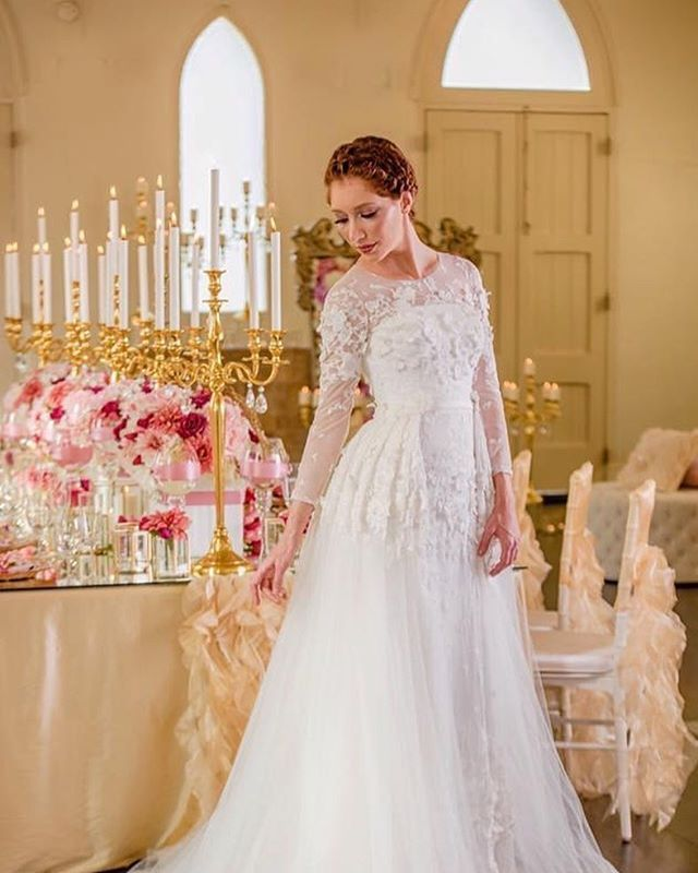 Wedding Dresses Queensland: Love My Job ... Love Pinks And Golds Together ... Styling