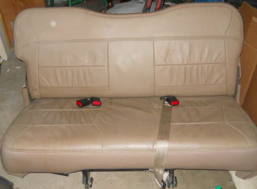 1998 1999 Lincoln Navigator Rear Tan Leather Third Row Seat 3rd Row 98 99 Ebay Car Interior