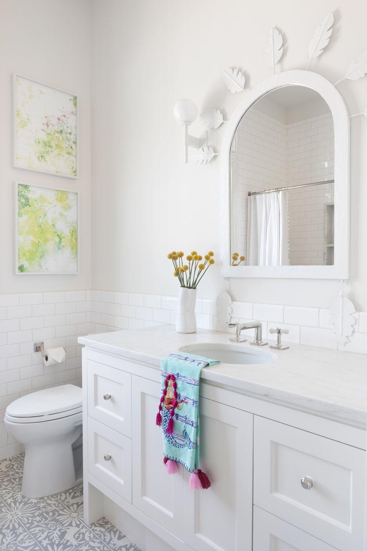 - 8 Gorgeous Ways To Do A White Bathroom Backsplash In 2020 White