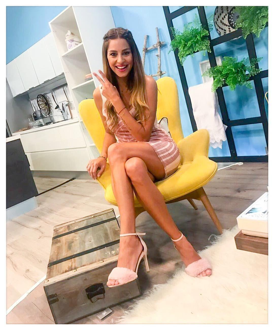 Constantina Evripidou legs | Crossed legs | Pinterest