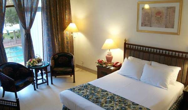 Beach Luxury Hotel Karachi Pakistan Room Http Www Travel Culture
