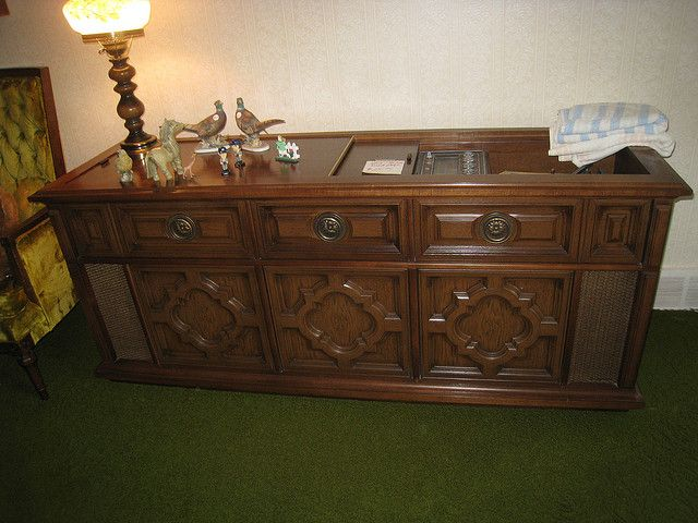 Vintage Console Magnavox Stereo Cabinets | Magnavox Console