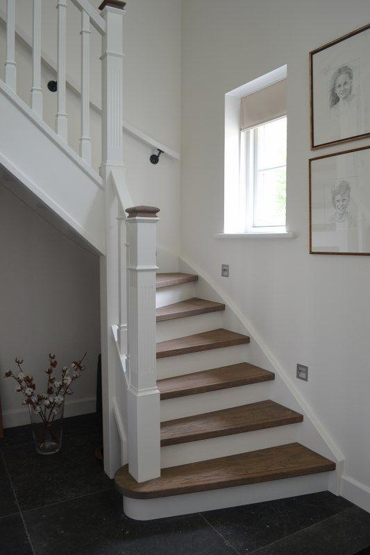 Landelijke trap in jaren 30 stijl google zoeken trappen pinterest staircases hall and - Railing trap ontwerp ...