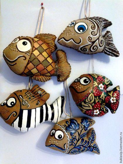 Ароматизированные куклы ручной работы. Ярмарка Мастеров - ручная работа. Купить Ароматные кофейные рыбки. Пряничные игрушки. Handmade. Разноцветный
