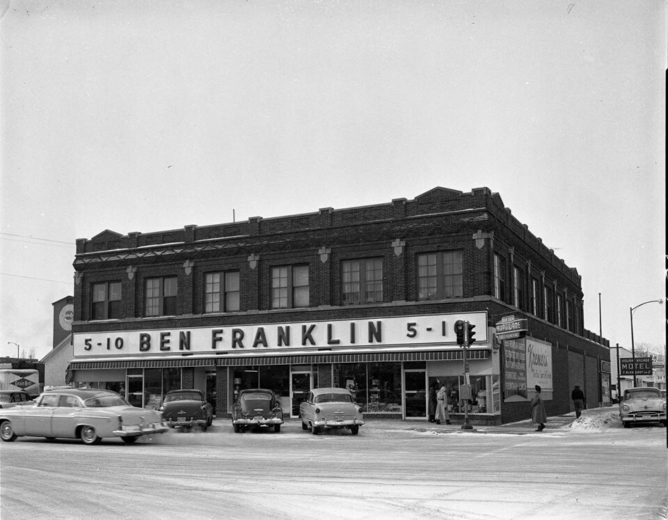 grand rapids mn i loved the yard goods on the top floor where my sister 39 s and i shopped for. Black Bedroom Furniture Sets. Home Design Ideas