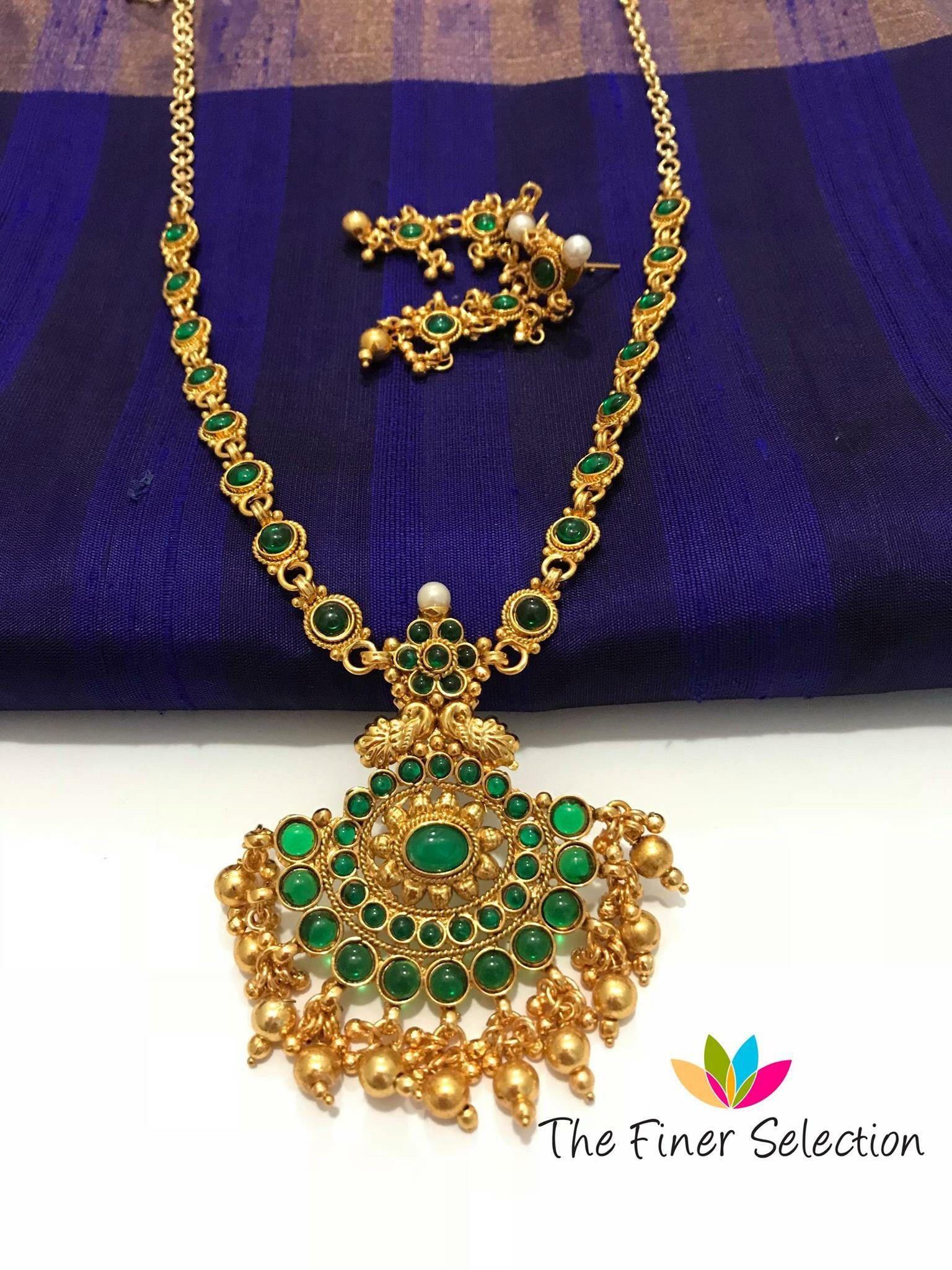 Green stones elegant necklace set green stone elegant and stone