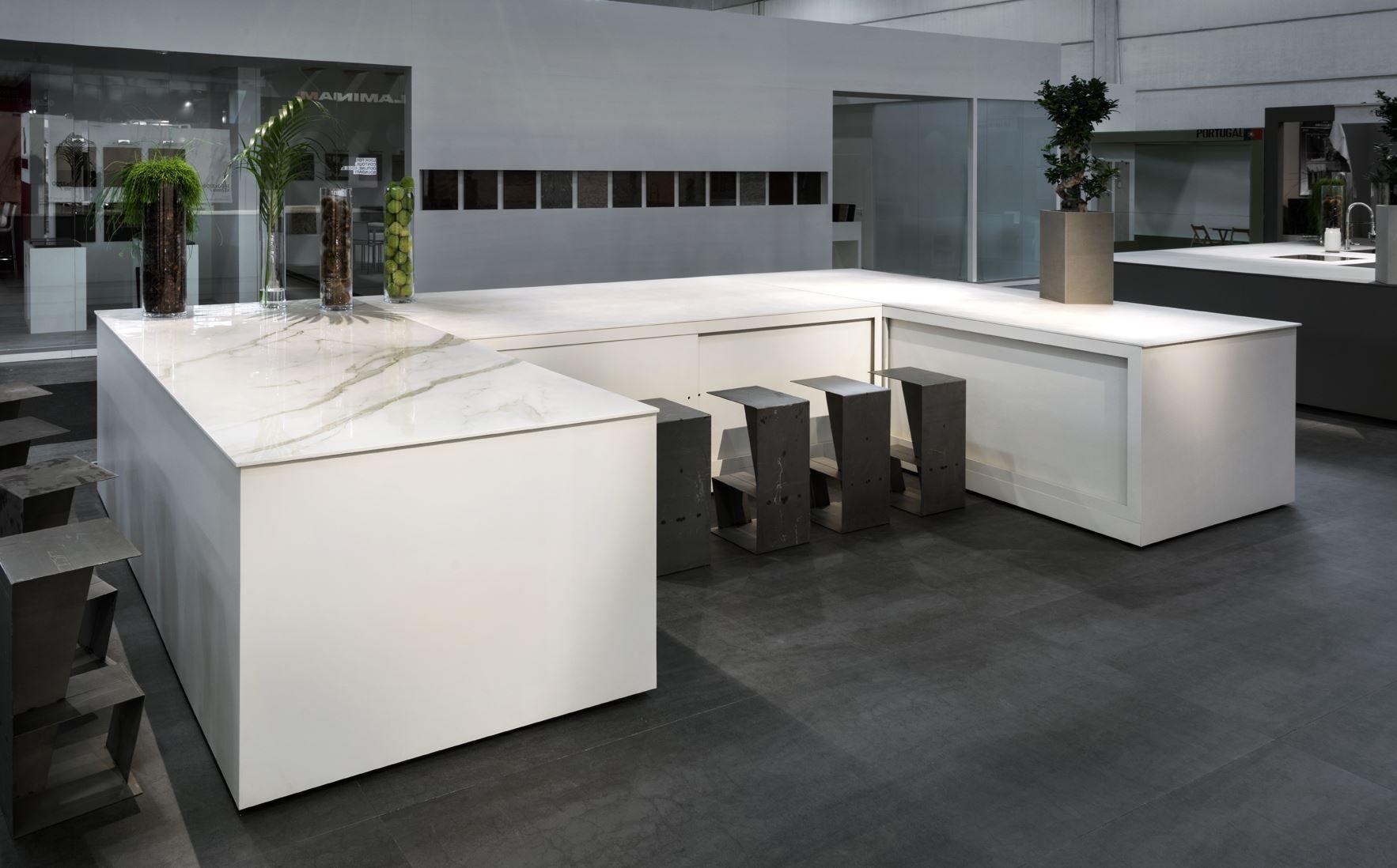 Laminam product stone tile kitchen stone tiles tiles calacatta oro - Top cucina stone ...