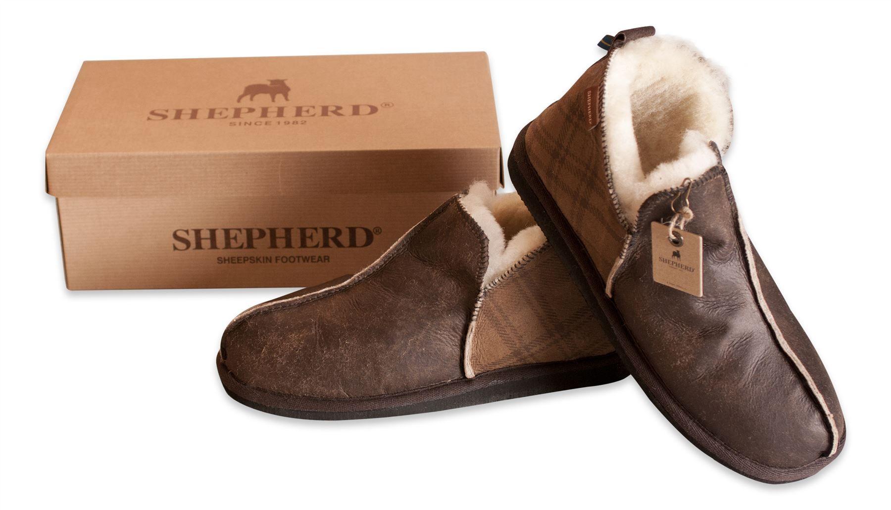 4c3ee7734b92 Shepherd Mens Genuine Sheepskin Slippers Boots Shoes Hard Sole ANTON 4921