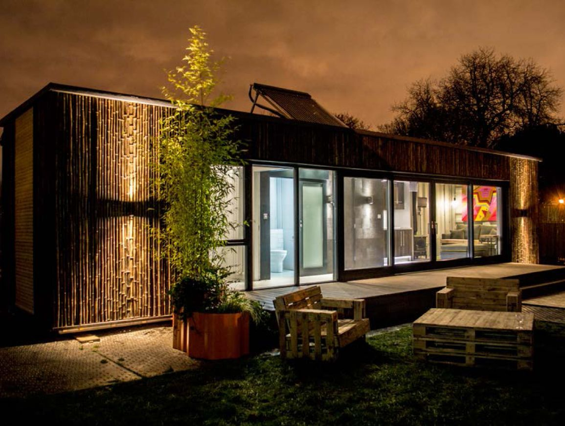 conversion of a 40ft shipping container into an emergency home