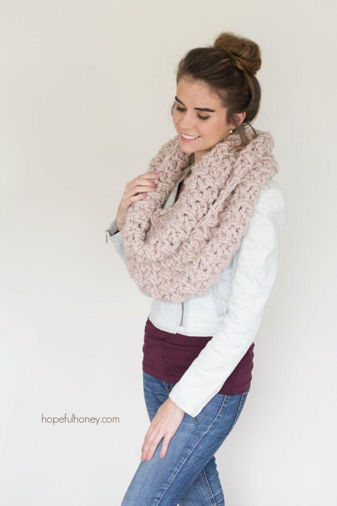 Marshmallow Infinity Scarf Crochet Pattern | Crochet! | Pinterest