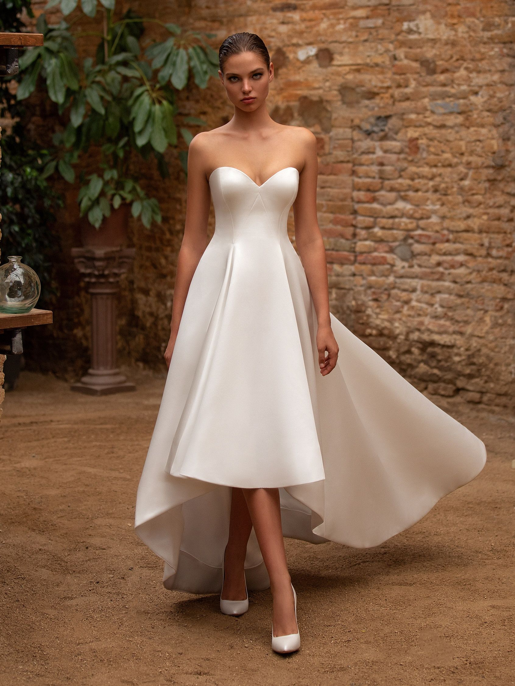 Zac Posen For W1 Anna Menyasszonyi Ruha Wedding Dresses High Low A Line Wedding Dress Natural Waist Wedding Dress [ 2255 x 1691 Pixel ]