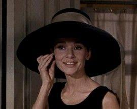 Gosta do estilo dos chapéus de Audrey Hepburn? Então aproveite, pois eles estão super na moda!