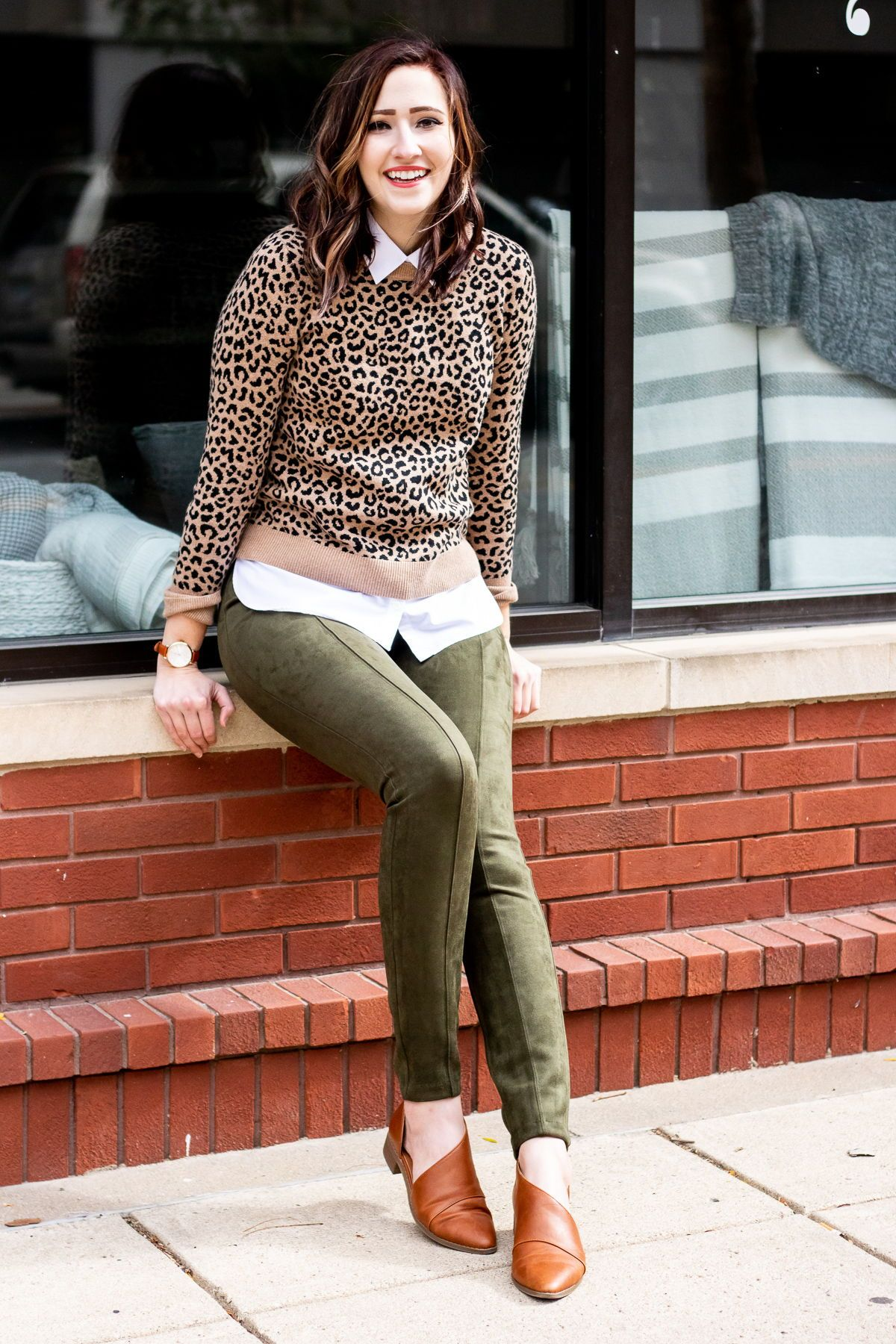 6ca6b93bb6 how to style a crewneck sweater for fall