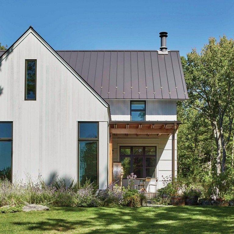 25 Extraordinary And Elegant Scandinavian Farmhouse In 2020 Modern Farmhouse Exterior Farmhouse Style Exterior Farmhouse Exterior