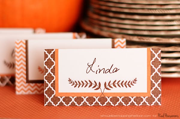 Free Printable Thanksgiving Placecards Real Housemoms Intended For Best Free Thanksgiv Printable Place Cards Thanksgiving Place Cards Thanksgiving Name Cards