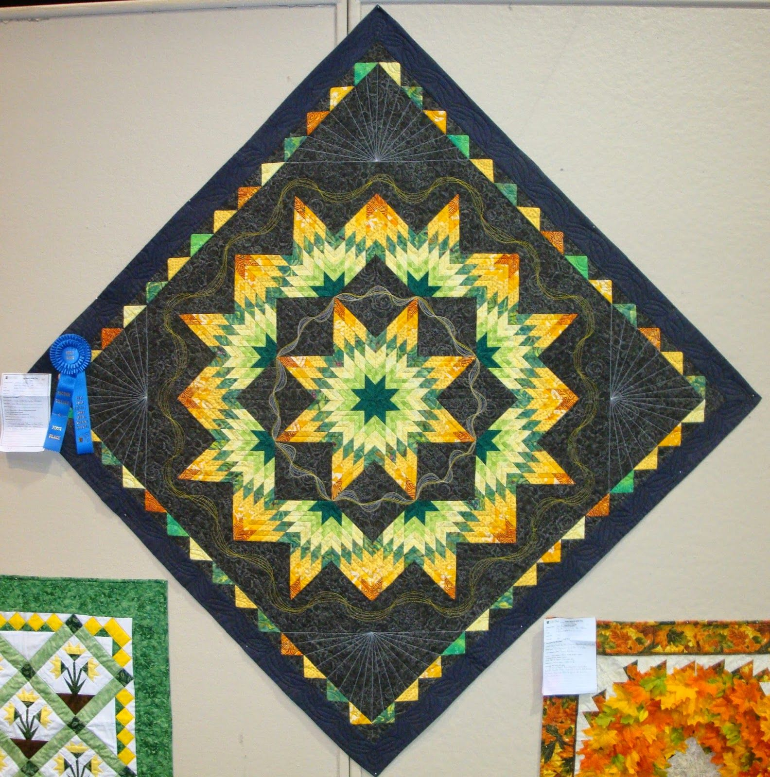 FABRIC THERAPY: Sauder Village Quilt Show: Part Three... | Lone ... : sauder village quilt show - Adamdwight.com