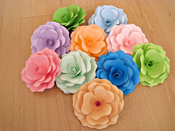 Paper Flowers Paper Roses Wedding Decoration by ThePurpleDream #wedding #paper #flowers #roses #decor