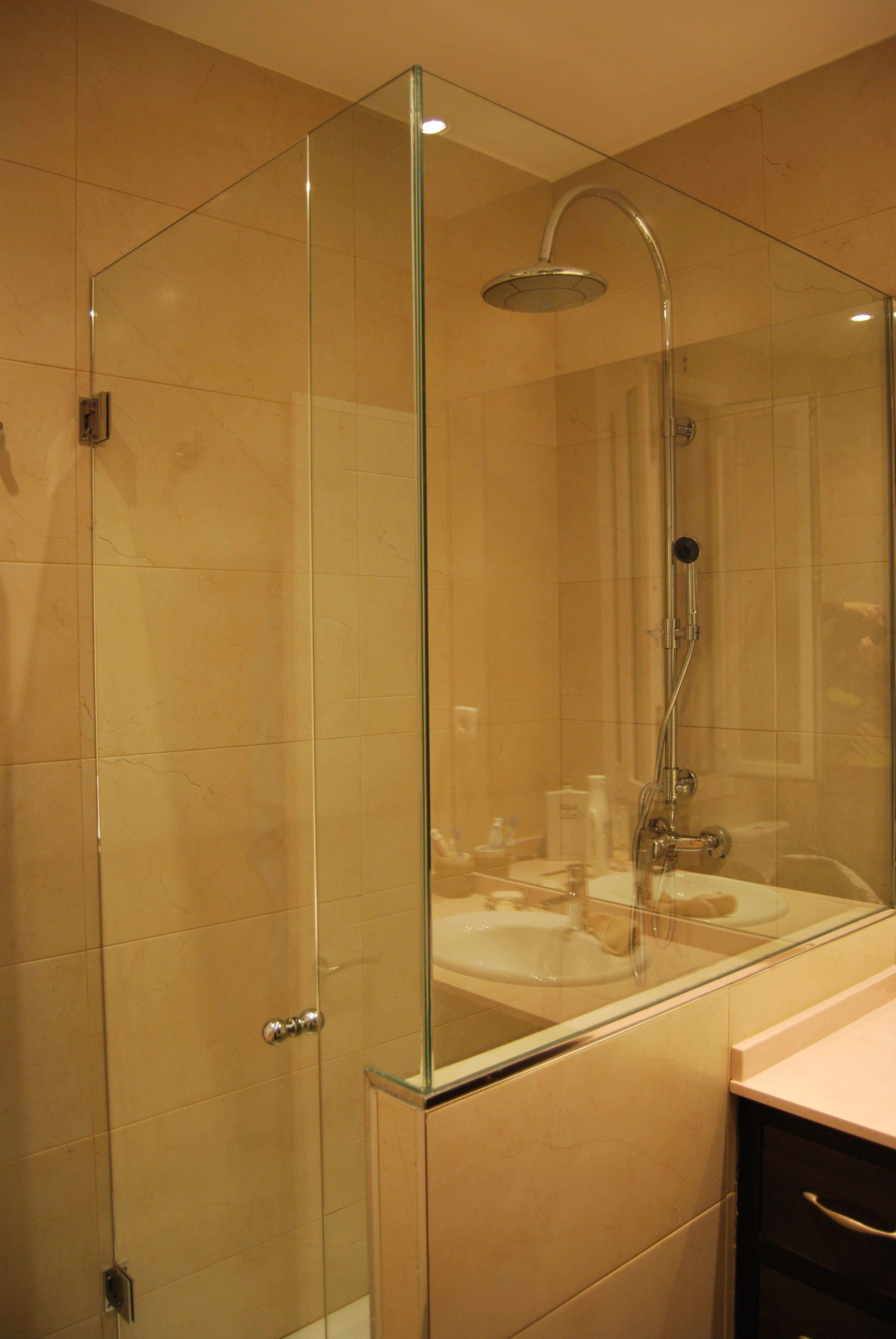 Mamparas De Bano Madrid.Mamparas De Ducha En Madrid Ducha2 En 2019 Bathroom Lighting
