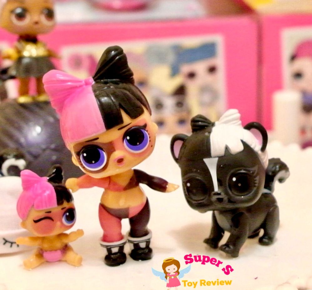 Look Who We Found Today Its Le Skunk Bebe From The Series 4 Pets