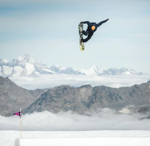 Stale Sandbech Snowboarding