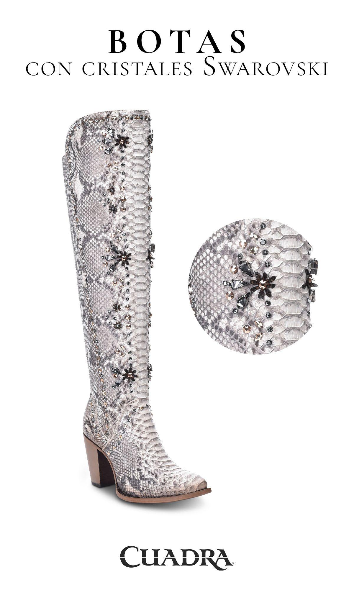 Botas con cristales en 2020 Zapatos de lujo, Botas