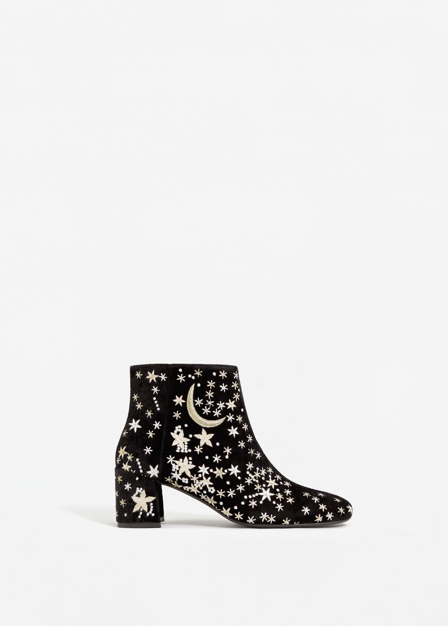 bc7ff101a Stars embroidered ankle boots - Women in 2019   Fall outfit ...