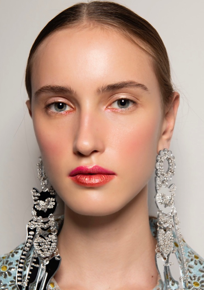 28 New Year's Eve Makeup Ideas We're Stealing From the