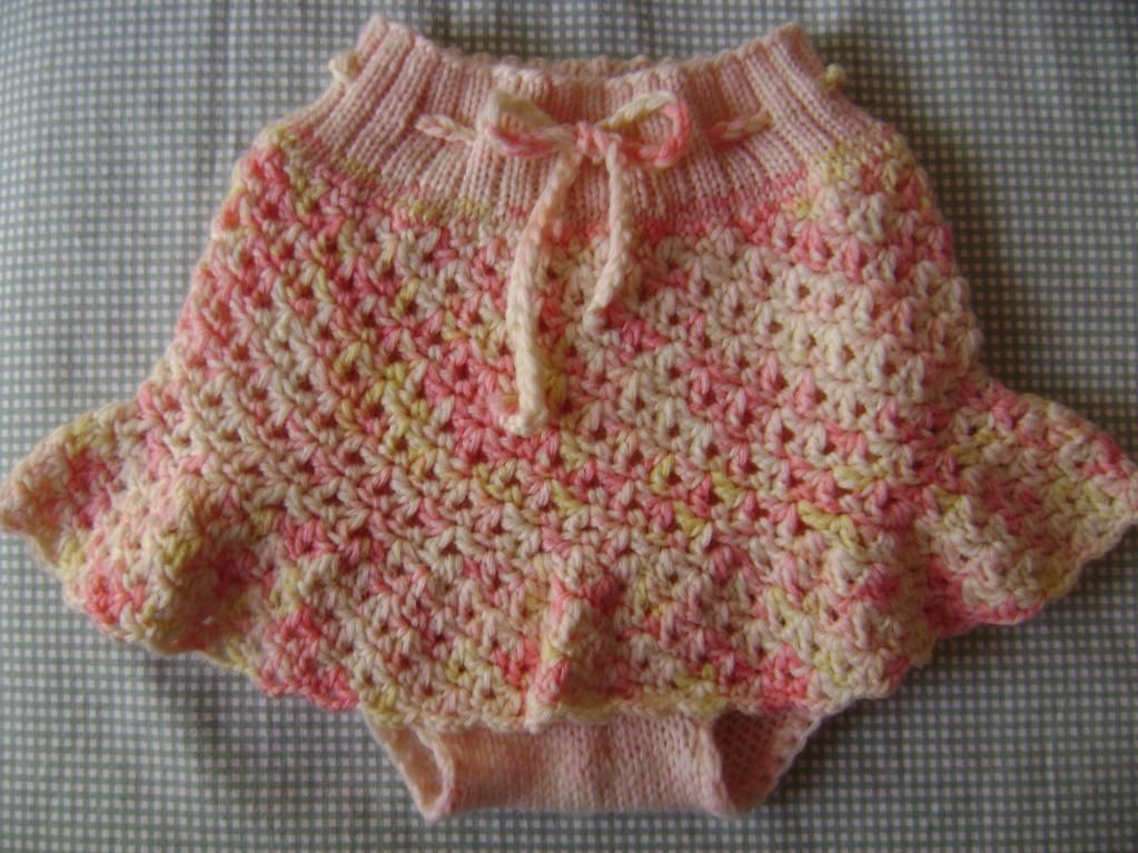 Seashell Knitting Pattern : Seashell Lace Skirtie #free #crochet #knitting #pattern H O O K E D KNIT+...