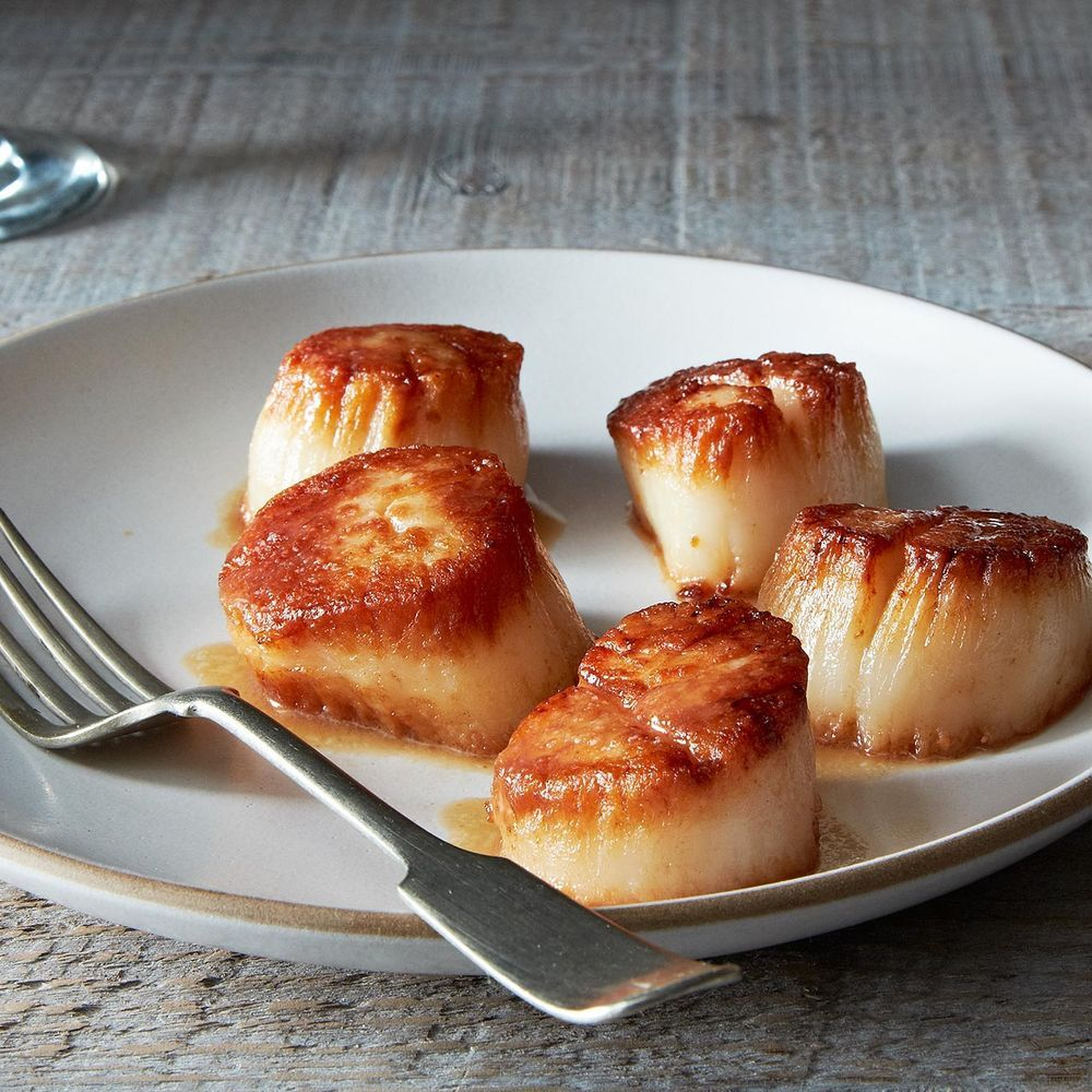 Tom colicchios pan roasted sea scallops with scallop jus receta tom colicchios pan roasted sea scallops with scallop jus recipe on food52 recipe on food52 forumfinder Image collections