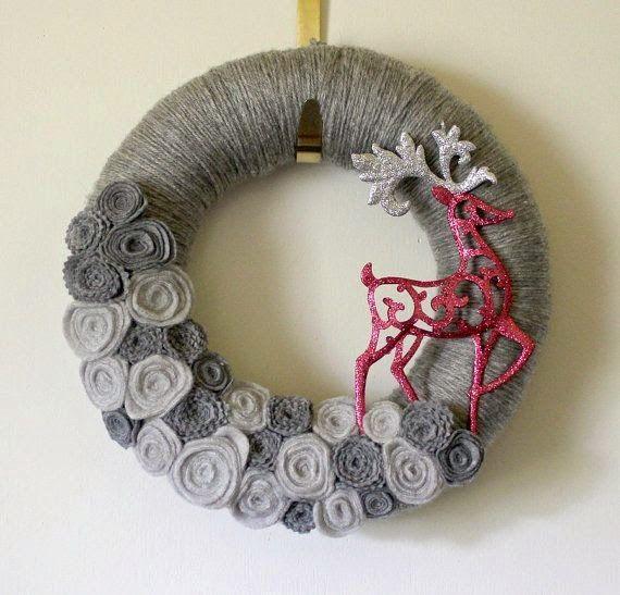 lindas y hermosas coronas de navidad de fieltro besitos llena de florecitas con los colores - Coronas Navidad