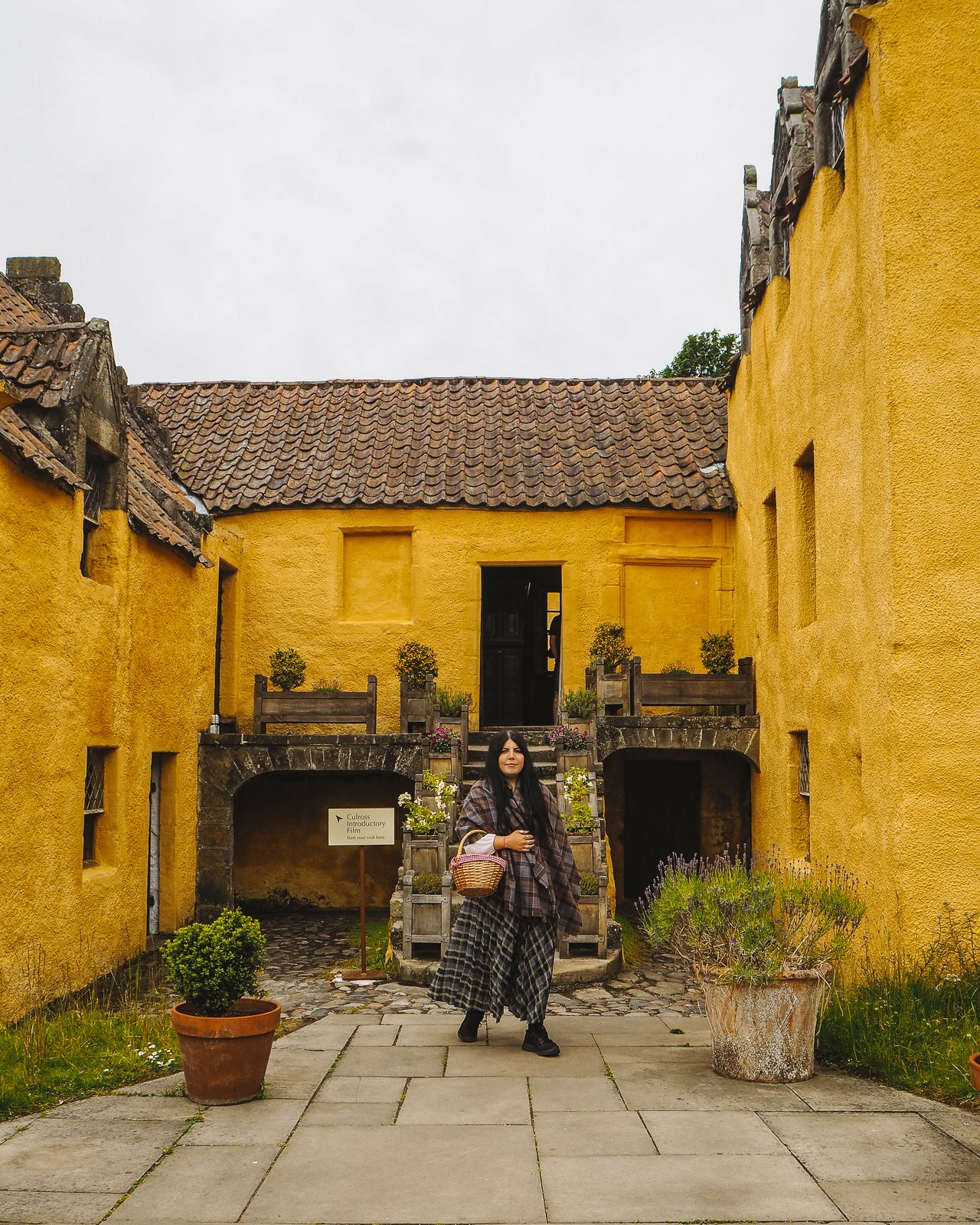8 CULROSS OUTLANDER LOCATIONS YOU MUST VISIT & THINGS TO