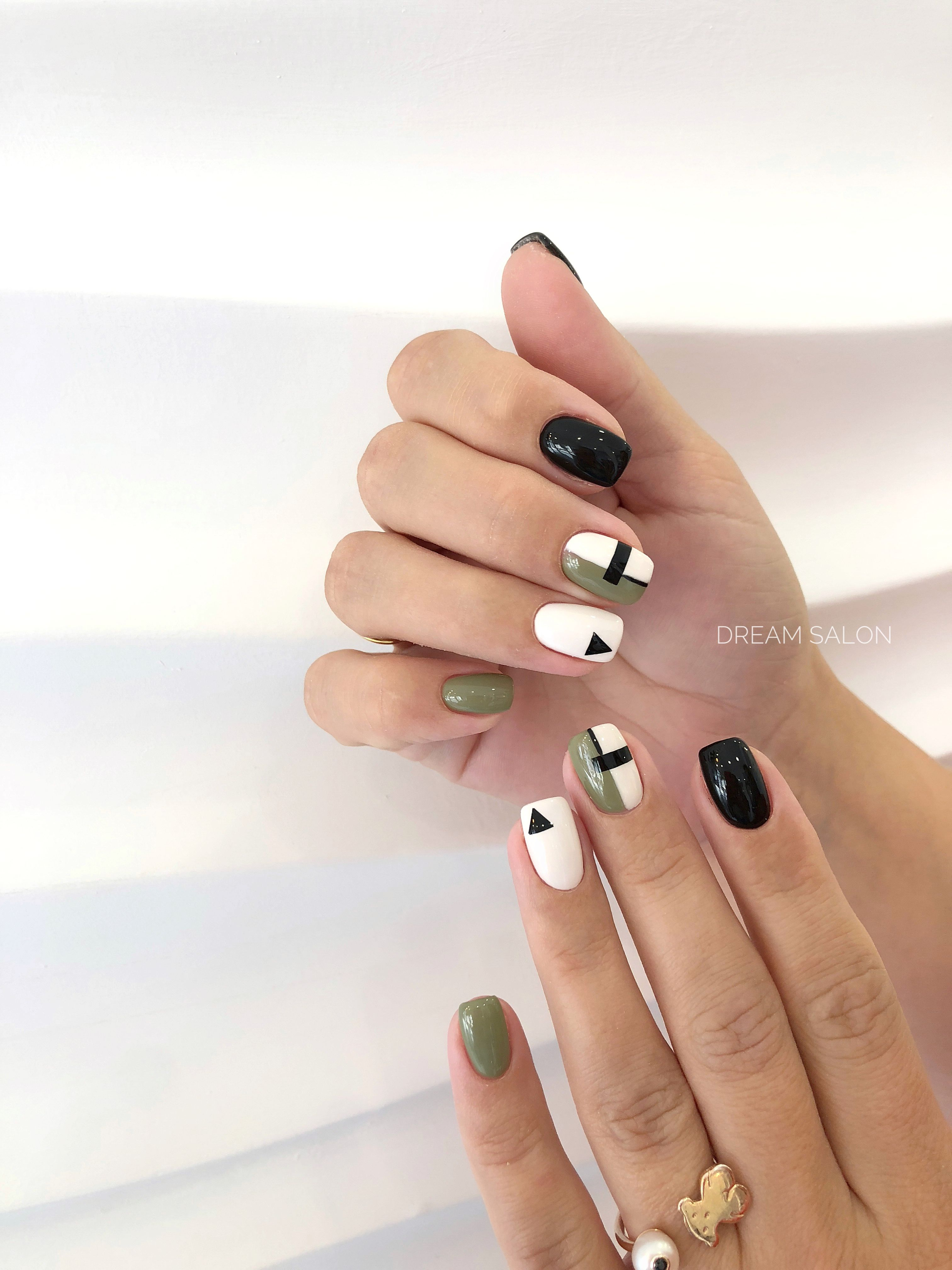 Khaki And Black Skittle Nails Evmore Electric Vehichle Nails Skittles Black