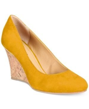 Yellow closed toe wedges | Wedge pumps