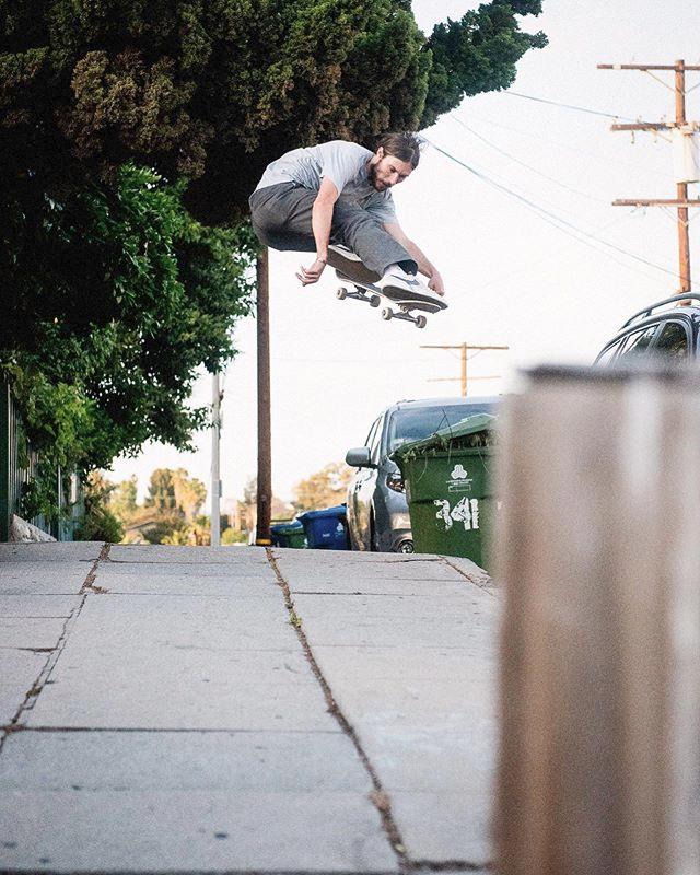 Atiba Jefferson Atibaphoto Fotos Y Videos De Instagram In 2020 Style Matters Skate Skateboard
