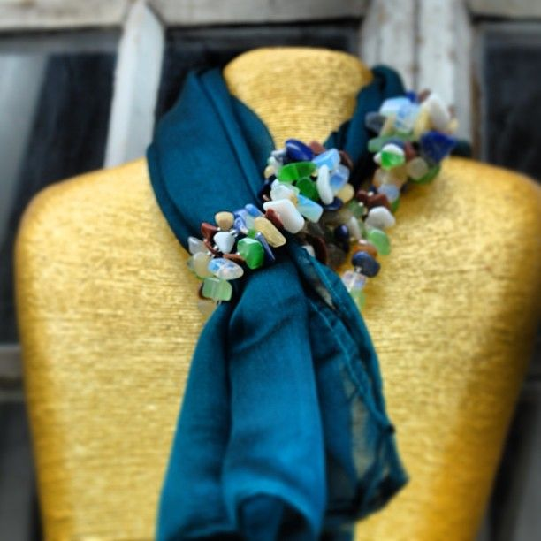For the coming fall season, keep your self functionally stylish with our handmade scarves.http://palamutishop.com/us