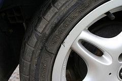 Cleaning Aluminum Wheels How To Remove Pitting How To Clean Aluminum Auto Repair Rim Repair