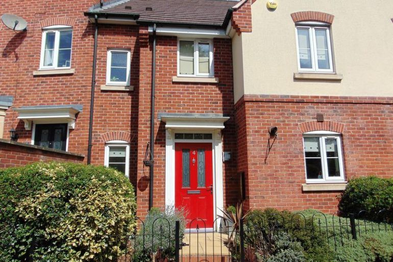 Three Bedroom Property For Sale Daventry This Uniquely Designed Three Bedroom House For Sale