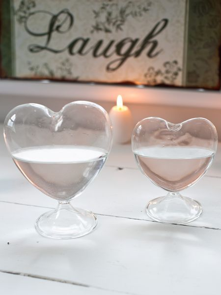 Gorgeous glass heart vase on foot, available in 2 sizes £7.50 (big) £5.95 (small)
