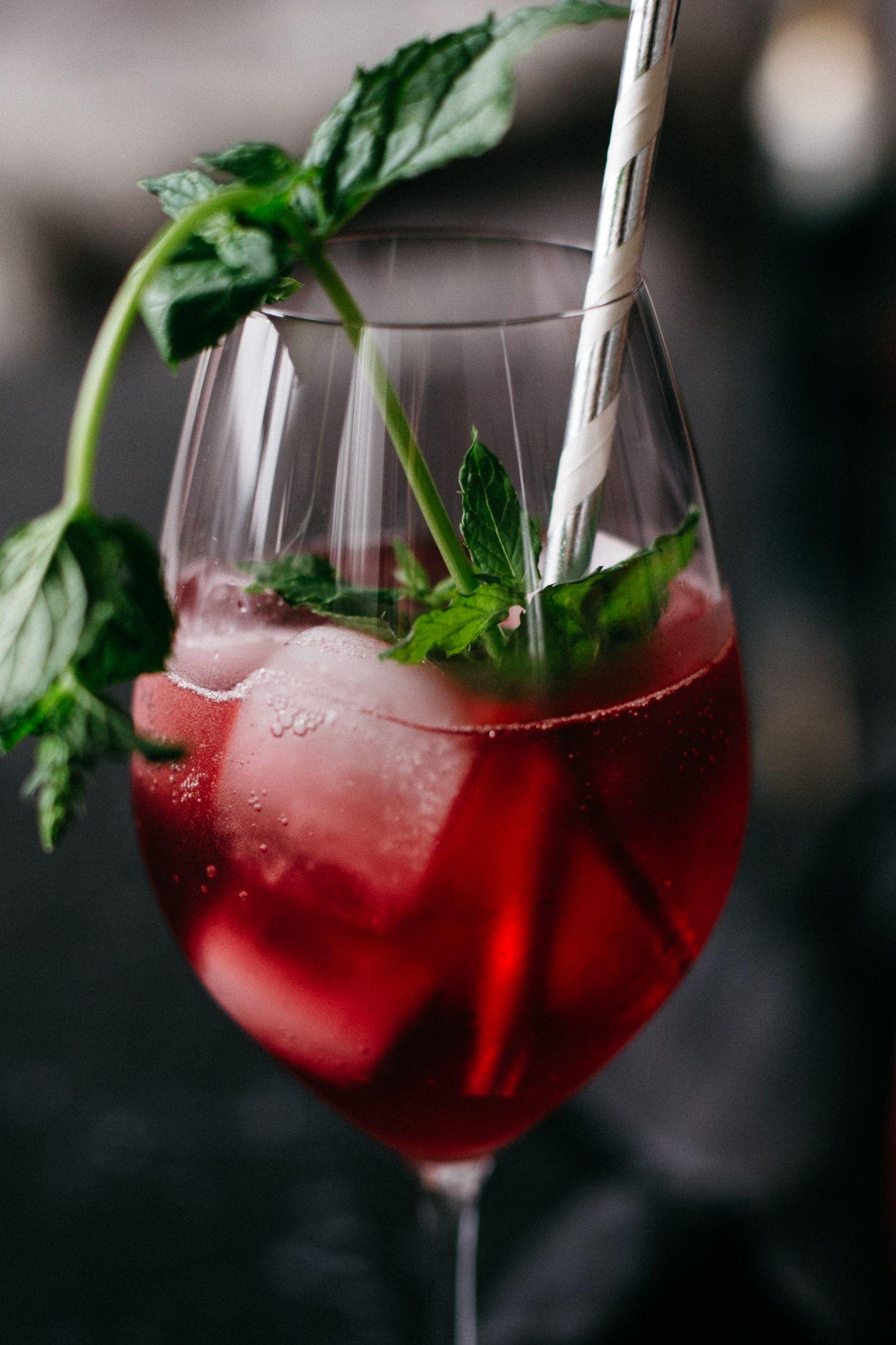 Campari Milano Rezept Love Daily Dose Campari Food And Drink Bubbles