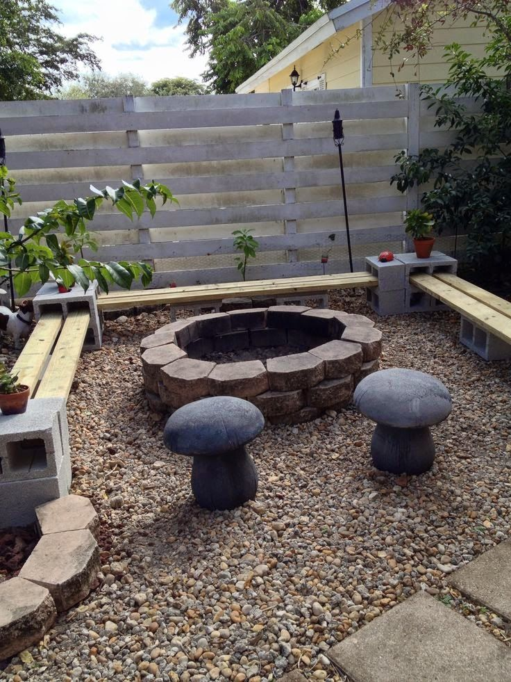 How To Use Cement Blocks In Practical Outdoor Projects Also, You Can Use  Wooden Boards And Cement Blocks To Build A Nice Seating Area Around The  Firepit In ...