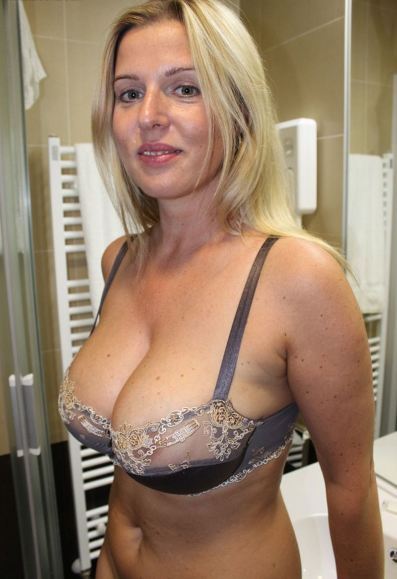 natural mom boobs blonde Hot