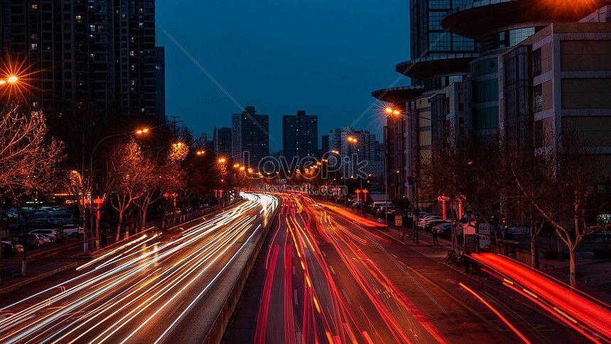 صور الطريق ليلا تأخير السكك الحديدية 501219615 Id صورة فوتوغرافية بحث صورة Jpg Photo Backgrounds Nightscape Vehicle Tracking Image