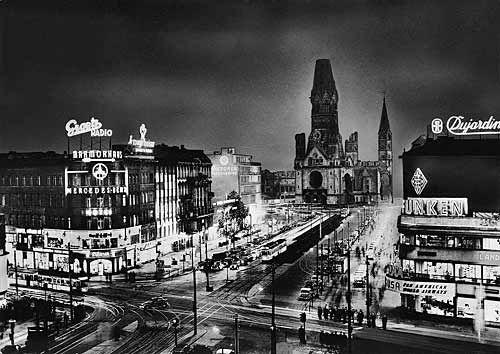 Kurfurstendamm A K A Ku Damm In Berlin With Images West Berlin Berlin East Berlin