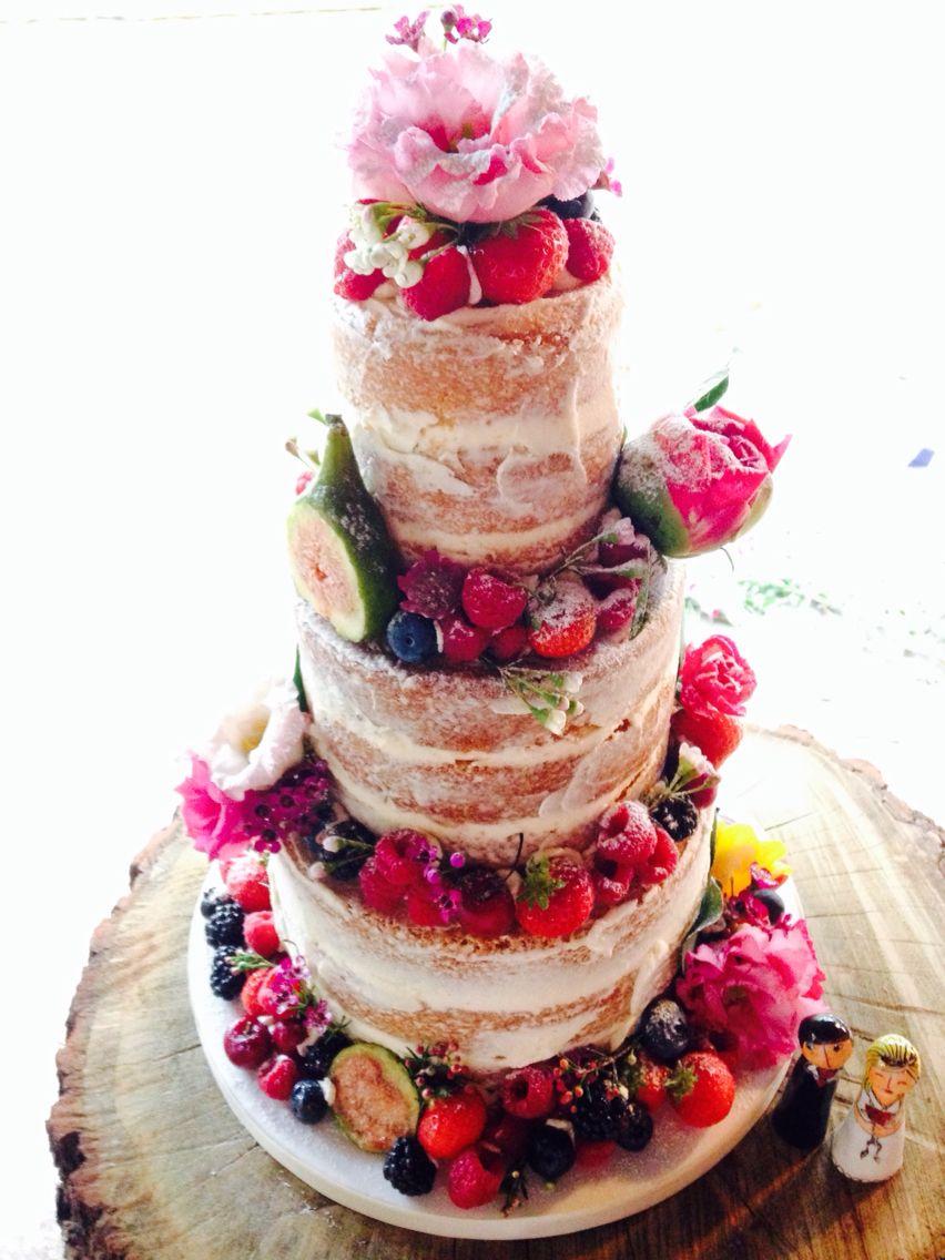 Josephine Patisserie - 01 Bolo Naked Cake de 3 andares