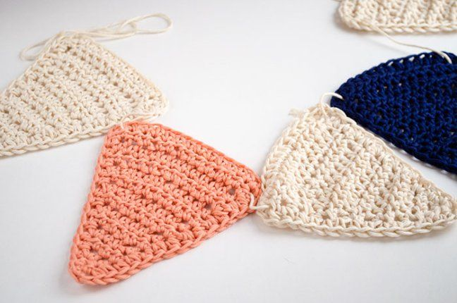Patrón gratuito: Banderines de crochet | Pinterest | Banderin ...