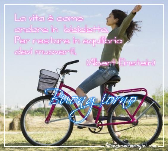 Ragazza Bicicletta Frase Albert Einstein Immagini Buongiorno