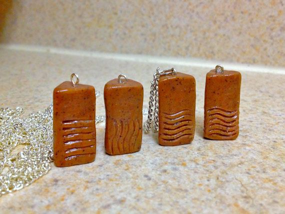 The Fifth Element inspired Stones necklace set por GeekoutProps